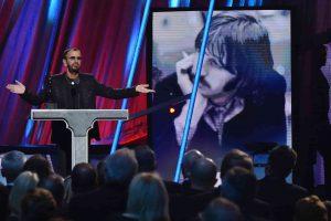 Ringo Starr alla Hall of Fame nel 2015